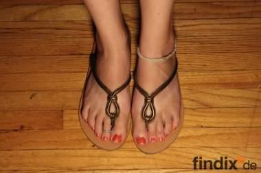 Suche weitere weibliche Fußmodelle /TRIER