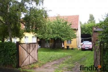 Altes sanierbedürftiges bauernhaus,1079 qm Grundstück, Scheune