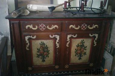Antike Möbeln!