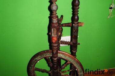 Antikes Spinnrad aus Bayern