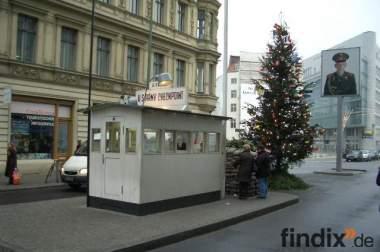 BERLIN Ferienwohnung zentral 2 Zim CheckpointCharlie 030868704702