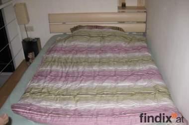 Bett inkl. Lattenrost und Matratze zu verkaufen!!