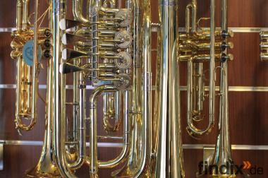 Cerveny Basstrompete mit 4 Ventilen inkl. Koffer. Neuware