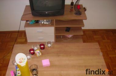 Couch- und Fernsehtisch von WEKO