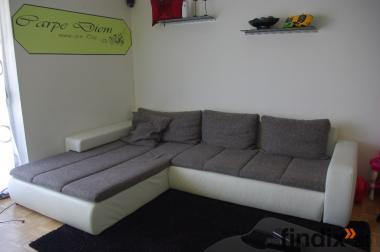 Couch von Kika