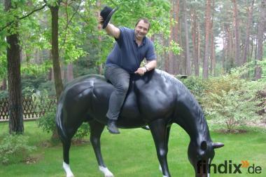 Deko Pferd grasend zum aufsitzen bis 100 kg