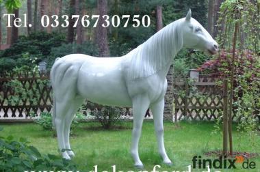 Deko Pferd lebensgross mit Kunsthaarmähne und ...