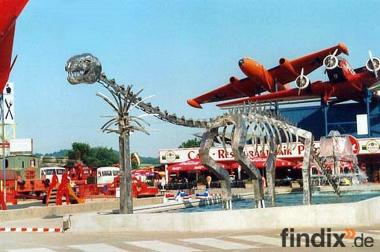 Dinosaurier  aus  Edelstahl