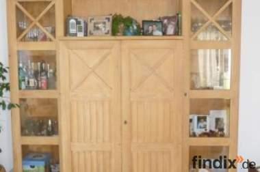 Echtholz-Pinien Möbel