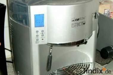 Gebraucht Clatronic KAV 2936 Kaffeevollautomat 15 Bar silber