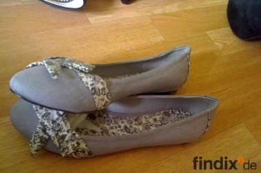 Gebrauchte Schuhe zu verkaufen