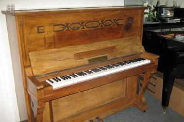 gebrauchtes Klavier Krause & Dress 690 €