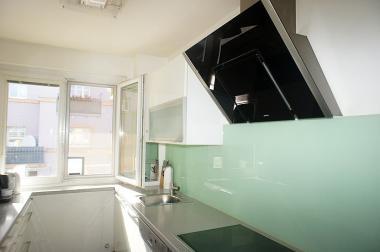 Gepflegte Wohnung mit 8m2 Loggia im 4.Liftstock: hell und ruhig