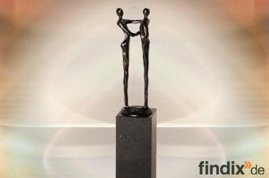 Geschenke Geschäftspartner Skulptur Der Händedruck - trendKreativ