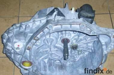 Getriebe Master Movano 2,2 dCI dTI PF1AA009 / PF1AA010