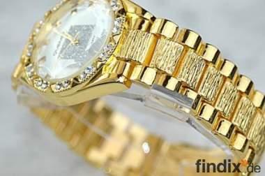 Goldene luxuriöse Herren Uhr kratzfest wasserdicht Fauxdiamant