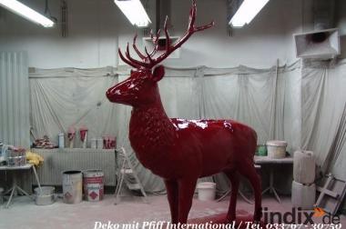 Hasste Lust auf einen roten Deko Hirsch ?