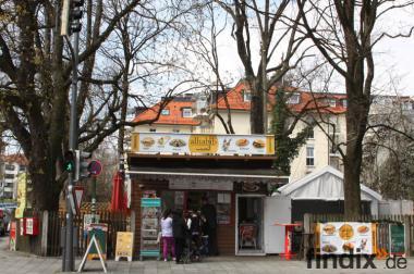 Imbiss - kiosk - Stehcaffee Im München zu verkaufen