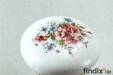 Keramikknopf mit Blumendekor