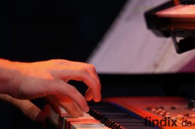 Keyboardunterricht für Kinder,Erwachsene und Senioren in Dortmund