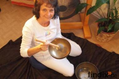 Klangmassagen und Tibetische Rückenmassage