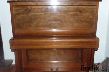 Klavier Antik, Gebr. Perzina.