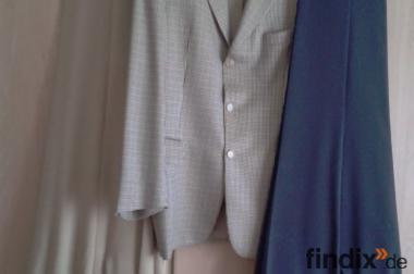 Kombi: Jackett + zwei Hosen