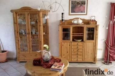 Komplettes Wohnzimmer Kiefer massiv geölt (ohne Couch)