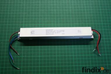 Konstantstromquelle 100-240 Volt - 1000 mA  26-36 Volt DC