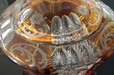 kristallglas mit deckel