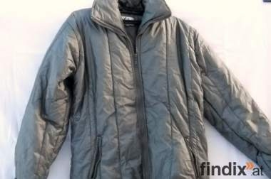 Kurzer Mantel