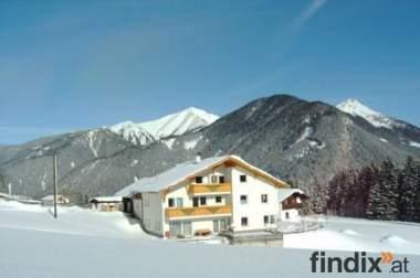 Landhaus Mair - Ferienwohnung nahe Schigebiet in Tirol