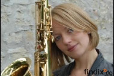 Lounge Jazz Barjazz Duo mit Saxophonistin/Sängerin und Pianist