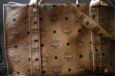 MCM Taschen schwarz und/oder braun