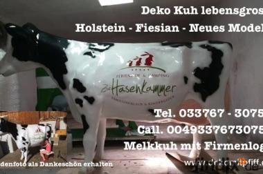 Melkspass für die ganze Familie  mit einen Deko Kuh Melk