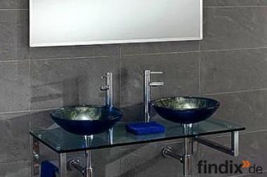Moderner Waschtisch mit Glaswaschbecken