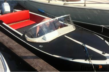 Motorboot GFK
