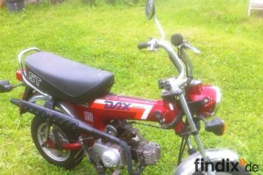 Originale Honda DAX ST 50 aus 1. Hand, nur 6405 km.