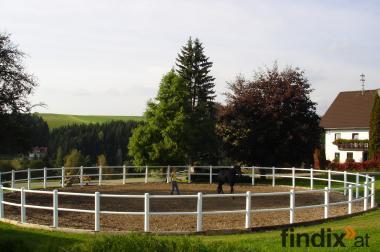 Pferdeeinstellplätze zu vergeben