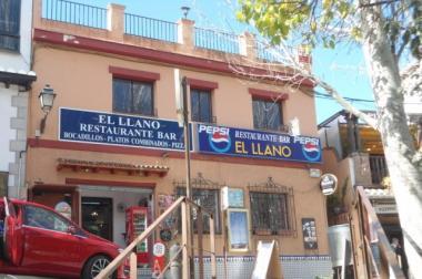 Restaurant und Haus in La Alhambra zu verkaufen