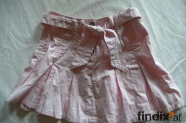 Rosa Minirock für Mädchen mit Gürtel