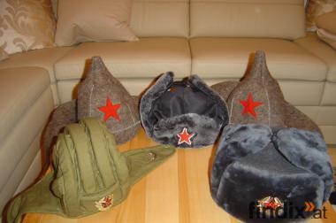 Russische Mützen