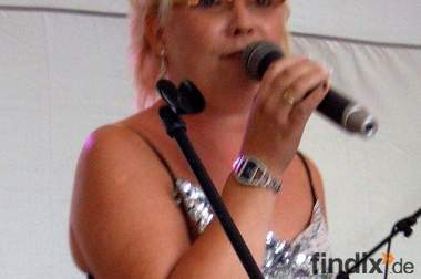 Sängerin Carola - Die besondere Stimme für Ihre Trauung