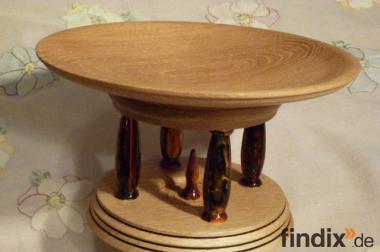 Schalen aus Holz und Acryl
