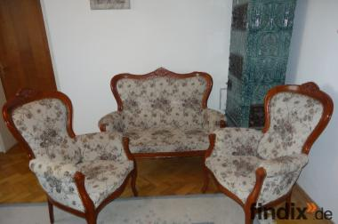 Schöne Sitzgarnitur: 1 Sofa + 2Sessel