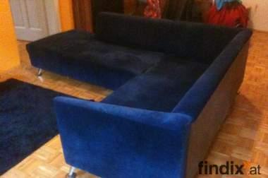 Schönes Sofa abzugeben