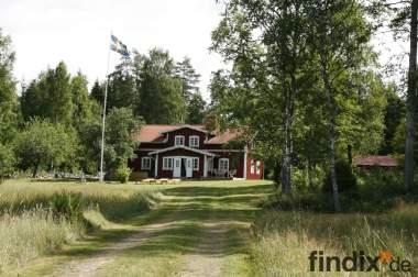Schweden-Ferienhaus direkt am See incl. Boot & Kanu