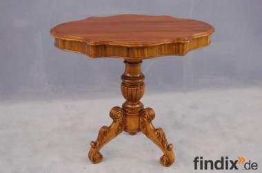 Schwungvoller Barock Tisch - Antik Beistelltisch