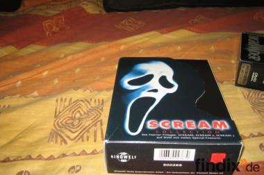 SCREAM-Horrortrilogie auf DVD umständehalber...