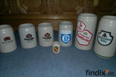 sechs ältere Wohlbehaltene Porzellan- Bierkrüge